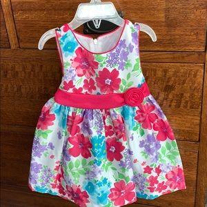 Girls dress. Brand new never worn